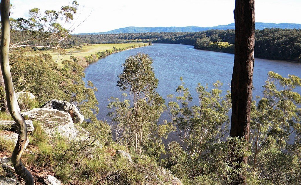 Explore Hanging Rock Nowra