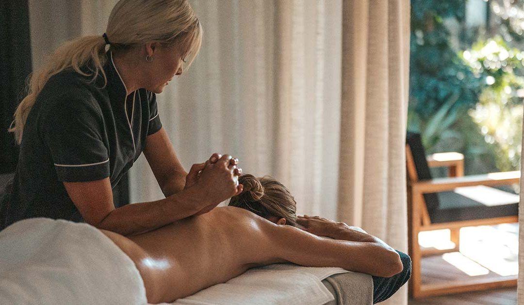 Organic In-Villa Massage